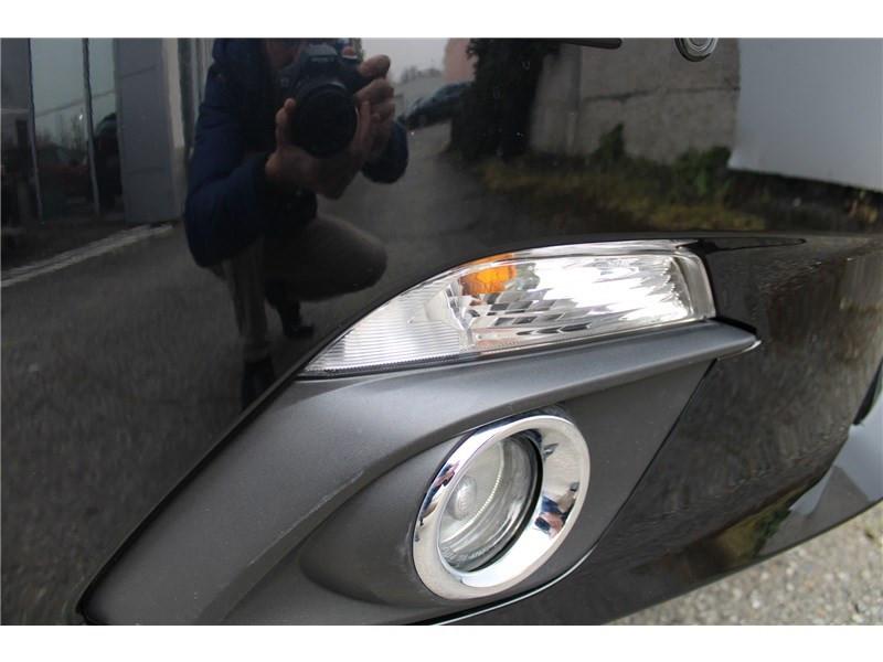 Mazda Mazda 3 1.5L SKYACTIV-D 105CH Selection Noir occasion à Muret - photo n°6