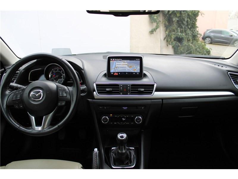 Mazda Mazda 3 1.5L SKYACTIV-D 105CH Selection Noir occasion à Muret - photo n°19