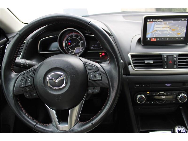 Mazda Mazda 3 1.5L SKYACTIV-D 105CH Selection Noir occasion à Muret - photo n°20