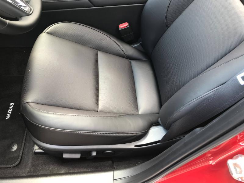 Mazda Mazda 3 2.0 e-Skyactiv-X M-Hybrid 186ch Exclusive BVA  occasion à Mérignac - photo n°7