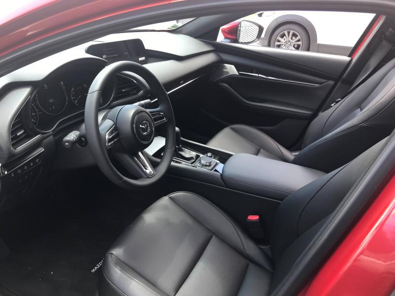 Mazda Mazda 3 2.0 e-Skyactiv-X M-Hybrid 186ch Exclusive BVA  occasion à Mérignac - photo n°6
