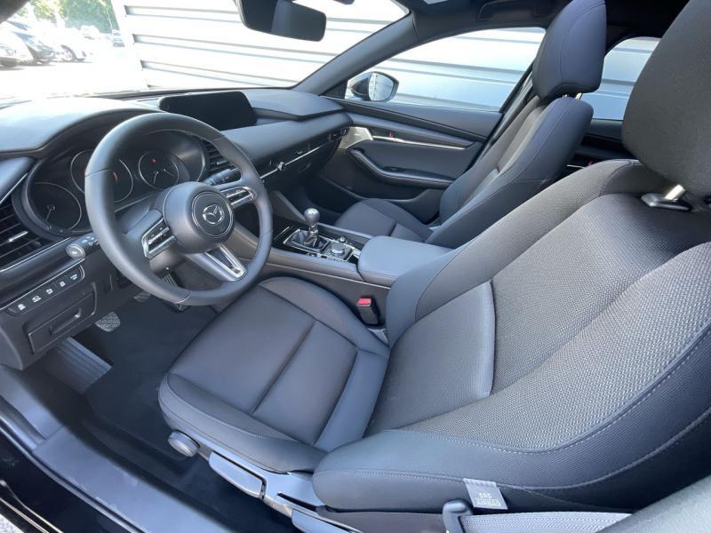 Mazda Mazda 3 2.0 e-Skyactiv-X M-Hybrid 186ch Sportline Noir occasion à Saint-Brieuc - photo n°8