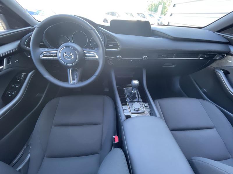 Mazda Mazda 3 2.0 e-Skyactiv-X M-Hybrid 186ch Sportline Noir occasion à Saint-Brieuc - photo n°7