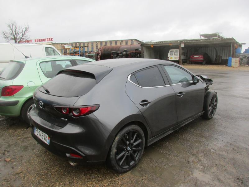 Mazda Mazda 3 2.0 M-Hybrid 180 / FL149 Gris occasion à Espalion - photo n°3