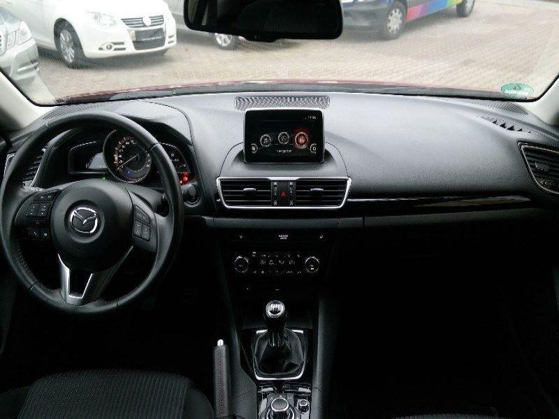 Mazda Mazda 3 2.0 SkyActiv-G 120 Rouge occasion à Beaupuy - photo n°4