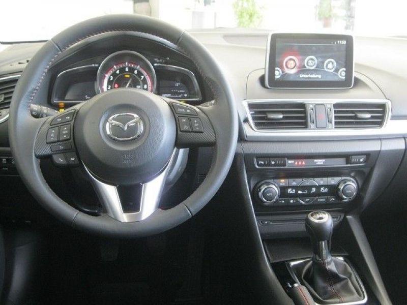 Mazda Mazda 3 2.0 SkyActiv-G 165 Gris occasion à Beaupuy - photo n°3