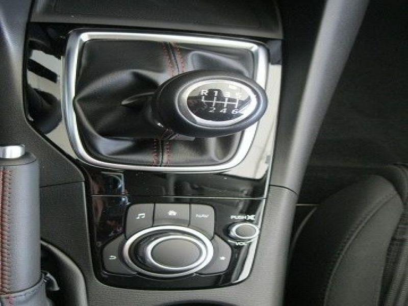 Mazda Mazda 3 2.0 SkyActiv-G 165 Gris occasion à Beaupuy - photo n°5