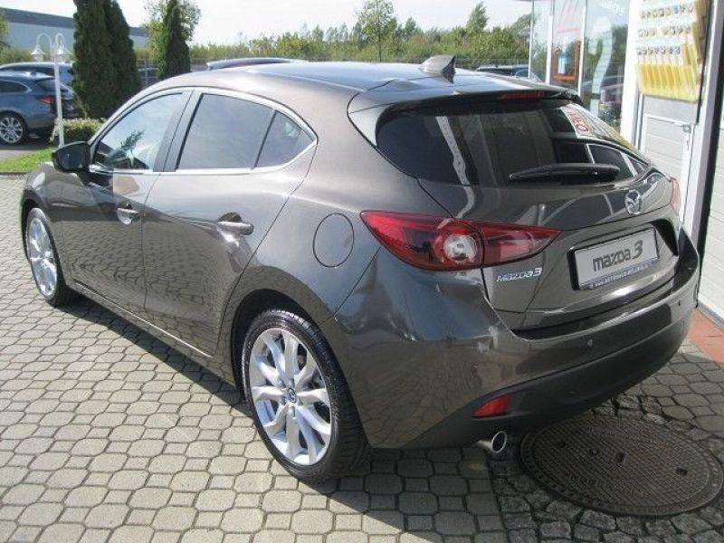 Mazda Mazda 3 2.0 SkyActiv-G 165 Gris occasion à Beaupuy - photo n°2