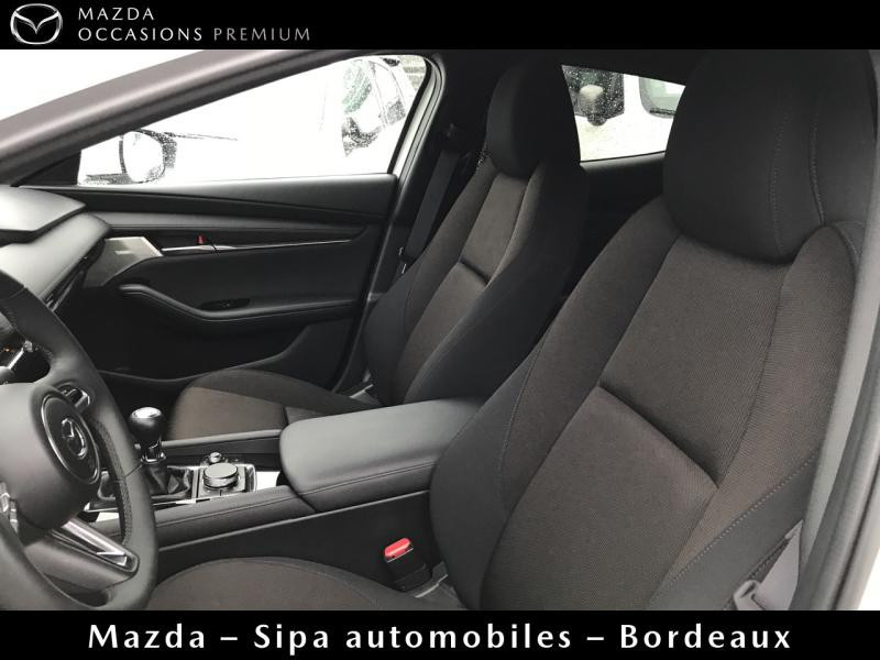 Mazda Mazda 3 2.0 Skyactiv-G M-Hybrid 122ch Sportline Evap Blanc occasion à Mérignac - photo n°8