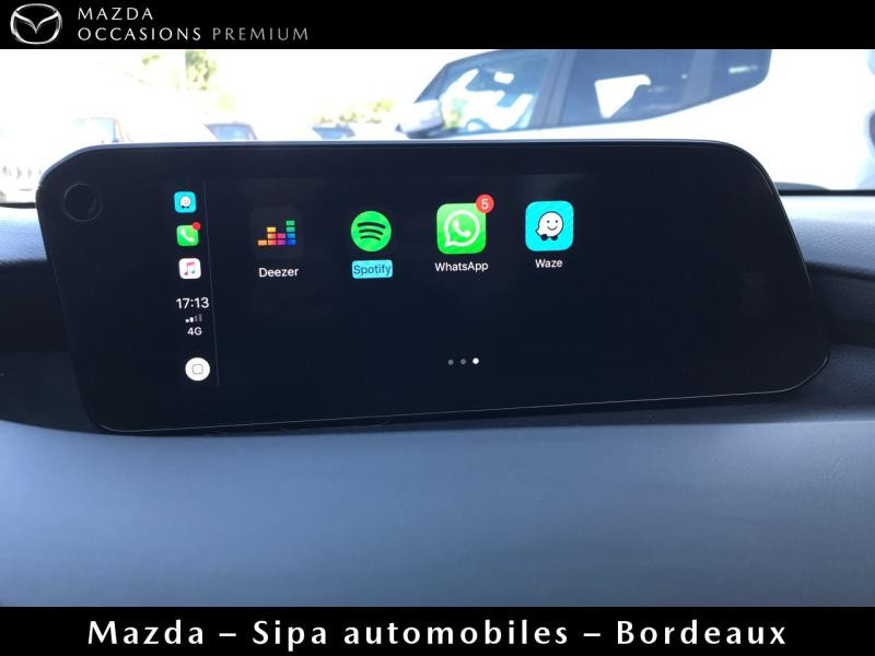 Mazda Mazda 3 2.0 Skyactiv-X M-Hybrid 180ch Business Executive Evap 10cv Blanc occasion à Mérignac - photo n°13