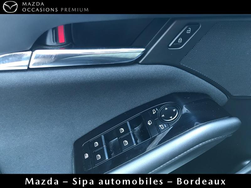 Mazda Mazda 3 2.0 Skyactiv-X M-Hybrid 180ch Business Executive Evap 10cv Blanc occasion à Mérignac - photo n°11