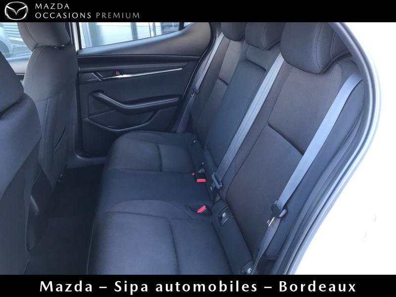Mazda Mazda 3 2.0 Skyactiv-X M-Hybrid 180ch Business Executive Evap 10cv Blanc occasion à Mérignac - photo n°9