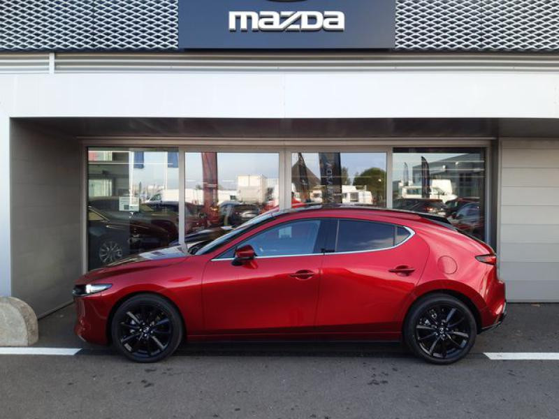 Mazda Mazda 3 2.0 Skyactiv-X M-Hybrid 180ch Exclusive Evap 10cv  occasion à Saint-Brieuc - photo n°8