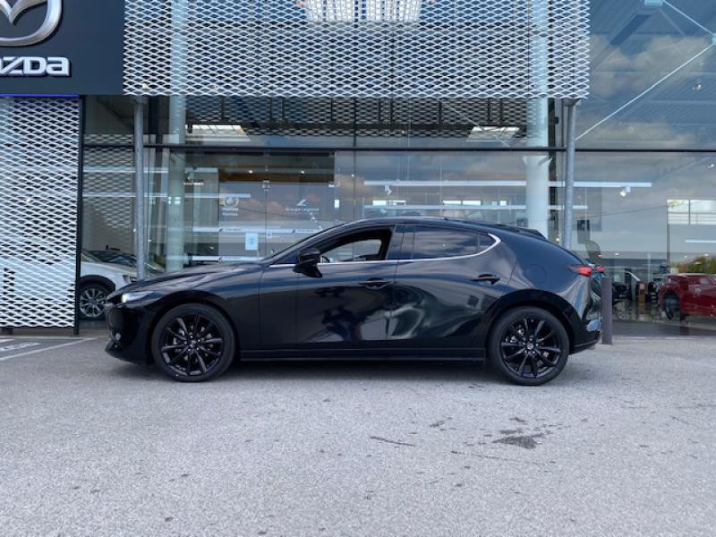 Mazda Mazda 3 2.0 Skyactiv-X M-Hybrid 180ch Exclusive Evap 10cv Noir occasion à Saint-Herblain - photo n°4