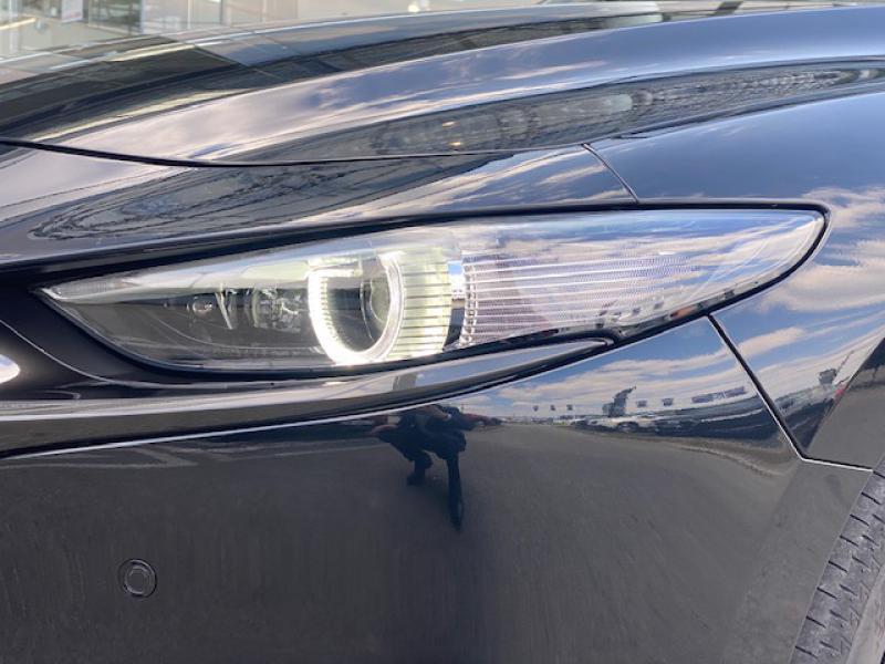 Mazda Mazda 3 2.0 Skyactiv-X M-Hybrid 180ch Exclusive Evap 10cv Noir occasion à Saint-Herblain - photo n°7