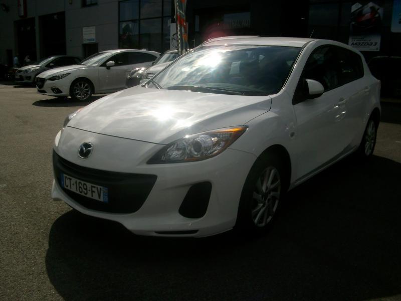 Mazda Mazda 3 CONFORT DIESEL 115 Blanc occasion à Brest - photo n°2