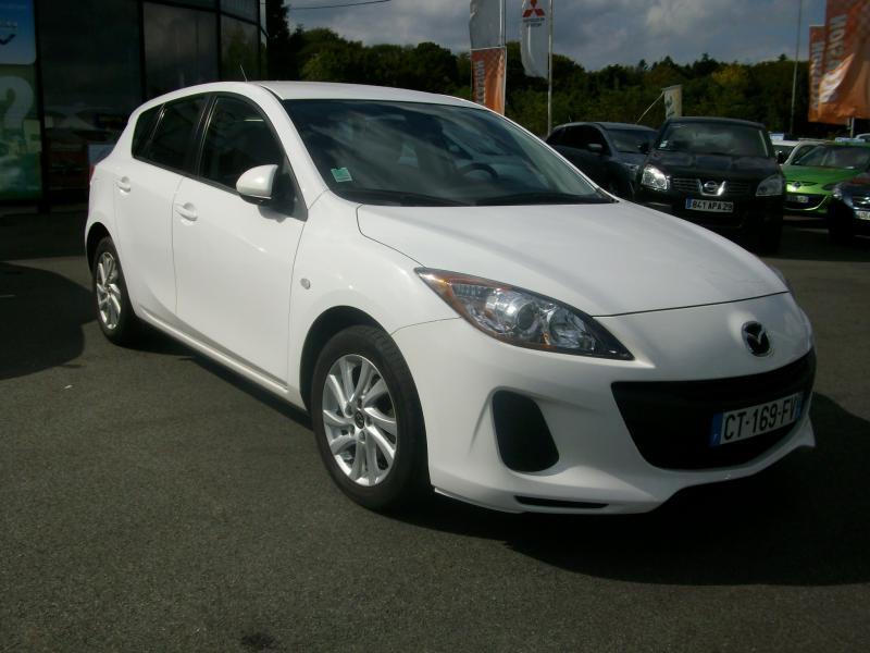 Mazda Mazda 3 CONFORT DIESEL 115 Blanc occasion à Brest