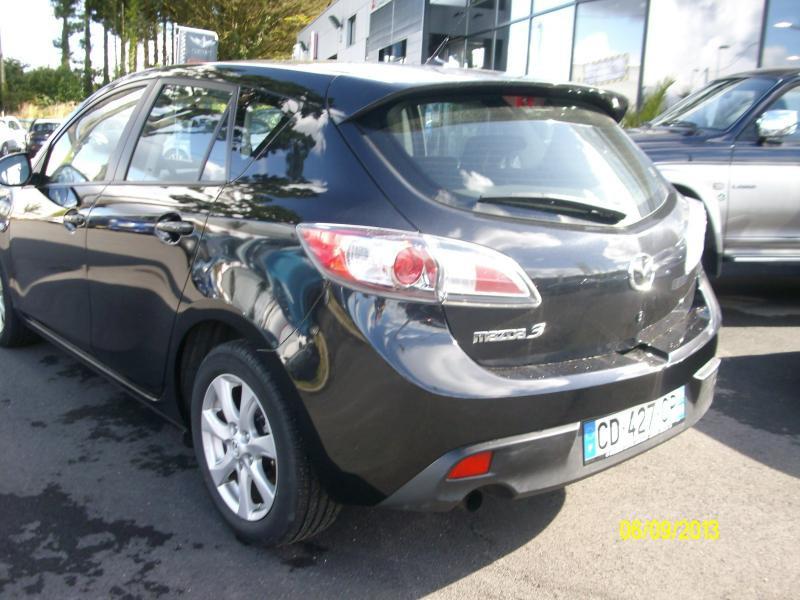 Mazda Mazda 3 confort mzcd115  occasion à Brest - photo n°4