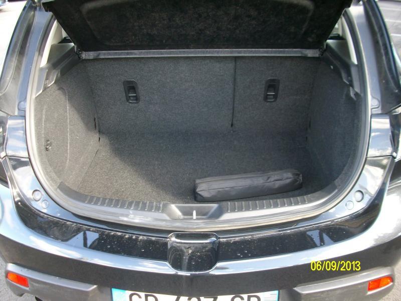 Mazda Mazda 3 confort mzcd115  occasion à Brest - photo n°5