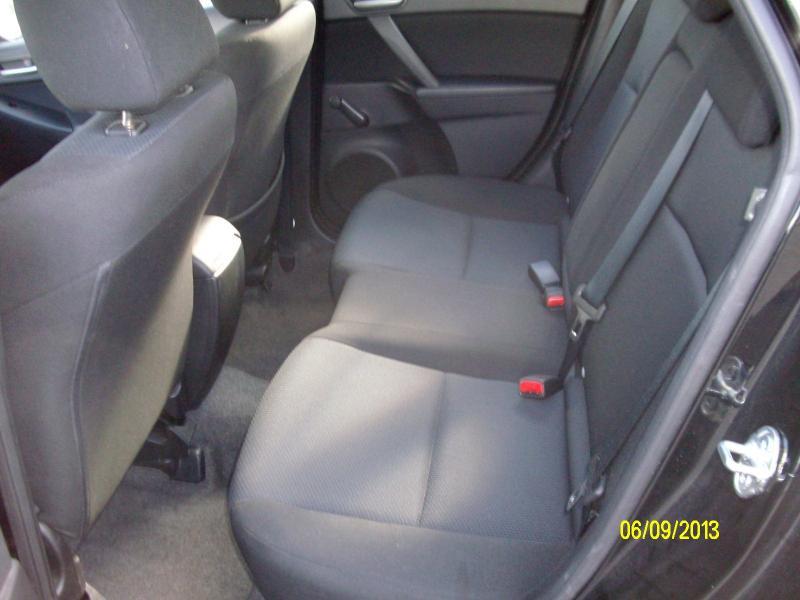 Mazda Mazda 3 confort mzcd115  occasion à Brest - photo n°6