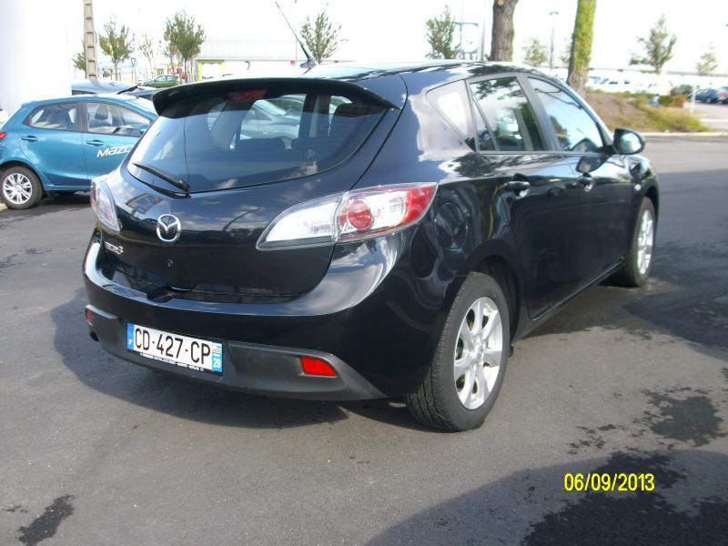 Mazda Mazda 3 confort mzcd115  occasion à Brest - photo n°3
