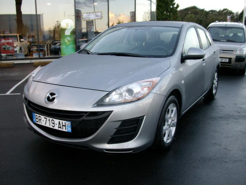 Mazda Mazda 3 confort mzr cd 115  occasion à Brest - photo n°2