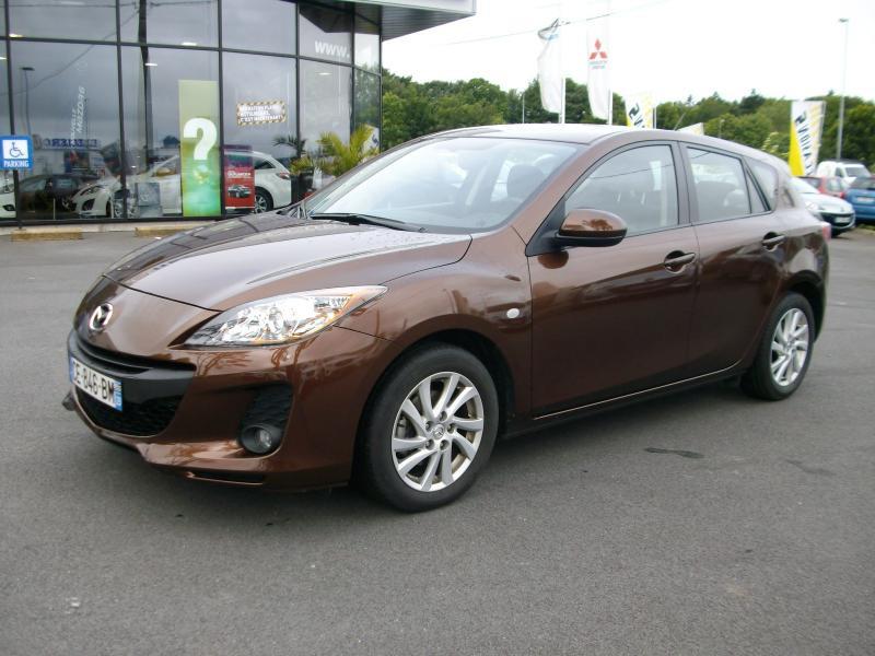 Mazda Mazda 3 ELEGANCE MZCD 115 Marron occasion à Brest