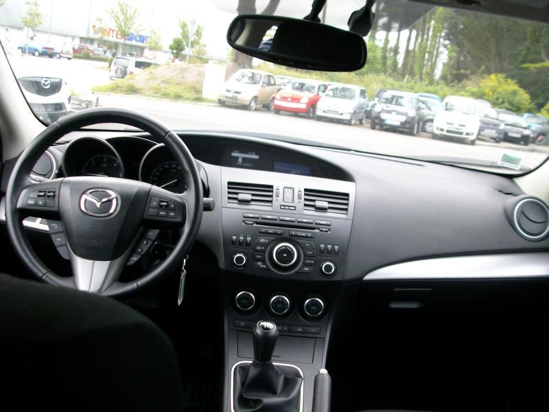Mazda Mazda 3 ELEGANCE MZCD 115 Marron occasion à Brest - photo n°7
