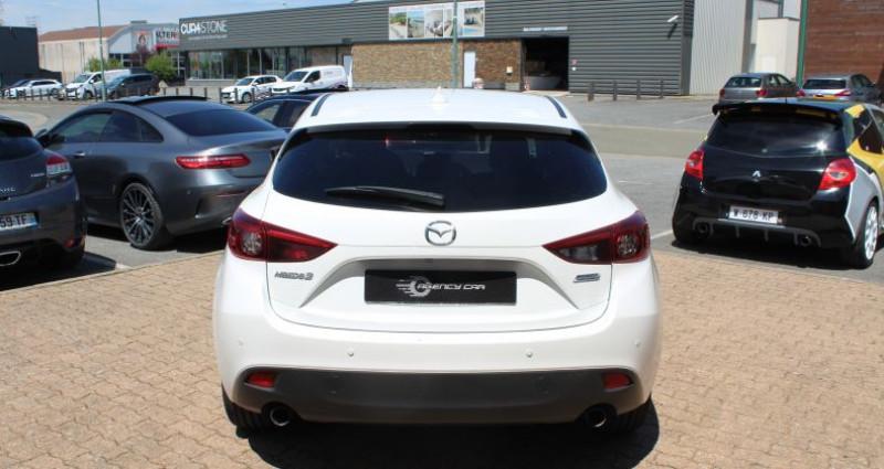Mazda Mazda 3 III 2.0 SKYACTIV-G 120 Dynamique 5p Blanc occasion à COIGNIERES - photo n°5