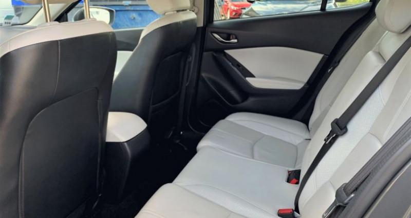Mazda Mazda 3 III 2.2 SKYACTIV-D 150 Sélection BVA Gris occasion à EPAGNY - photo n°6