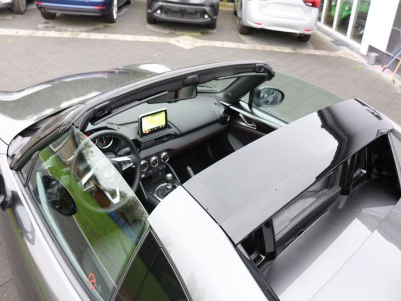 Mazda MX-5 1.5 Skyactiv-G 131 RF Gris occasion à Beaupuy - photo n°9