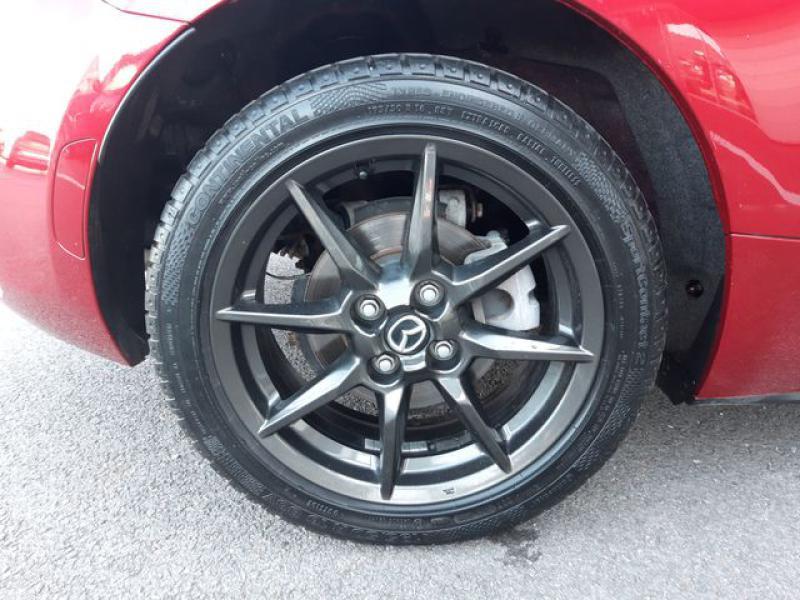 Mazda MX-5 1.5 SKYACTIV-G 131 Sélection Rouge occasion à Cesson-Sévigné - photo n°9
