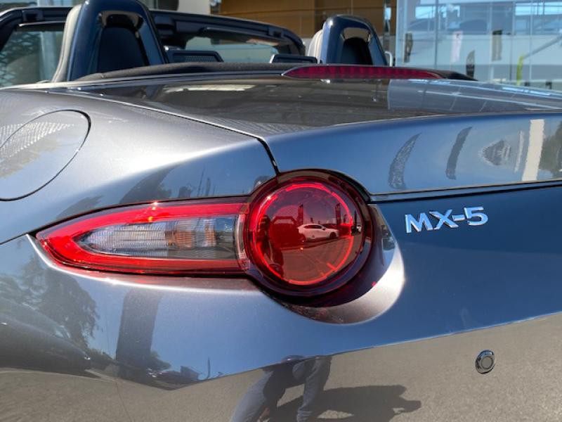 Mazda MX-5 1.5 SKYACTIV-G 132ch Sélection Euro6d-T 2021  occasion à Saint-Herblain - photo n°5
