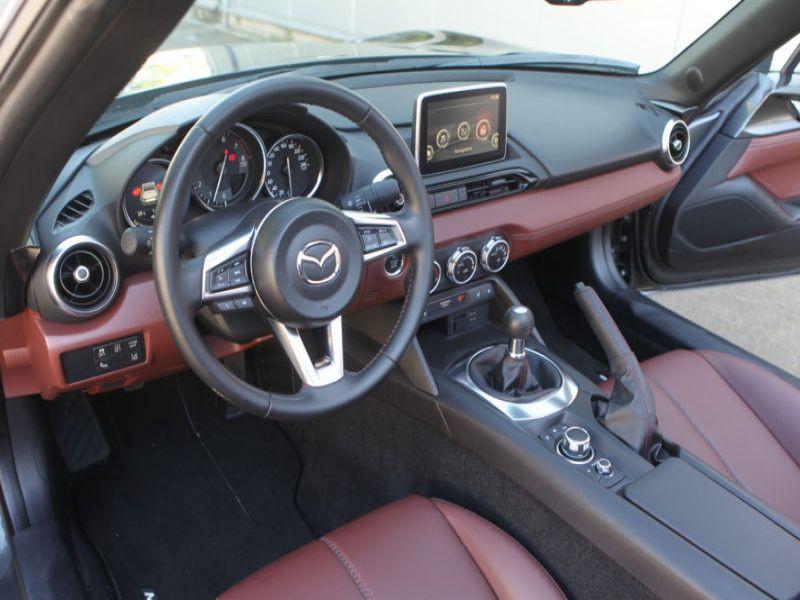 Mazda MX-5 2.0 Skyactiv-G 160 RF Gris occasion à Beaupuy - photo n°2