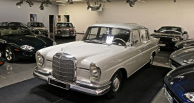 Mercedes 220 occasion à Le Mesnil-en-Thelle