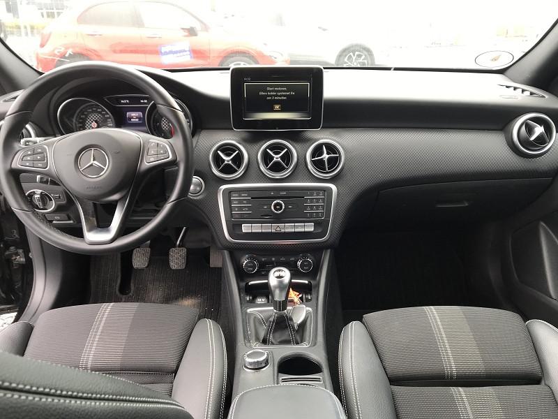 Mercedes Classe A 180 (W176) 180 D SENSATION Noir occasion à Serres-Castet - photo n°7