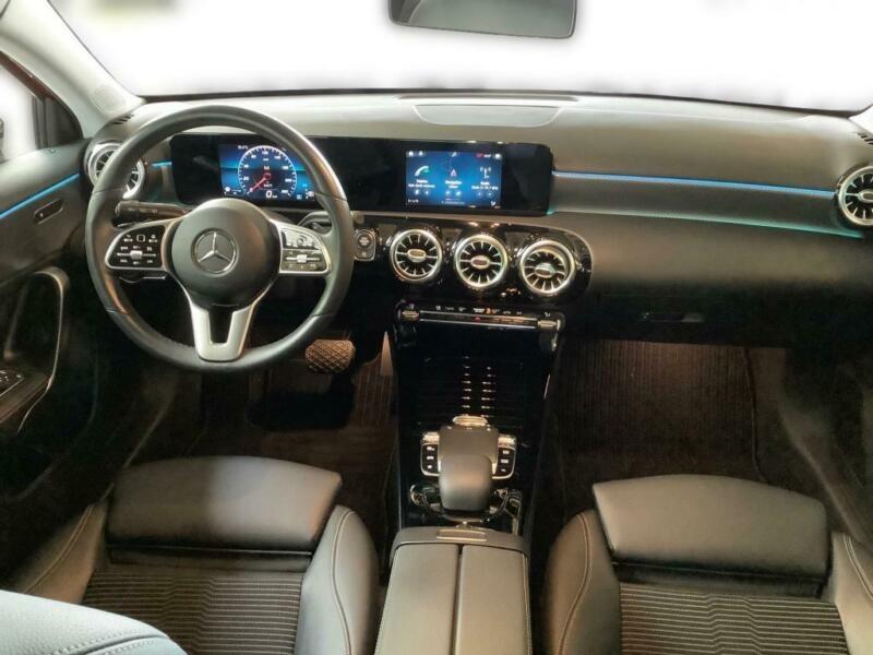 Mercedes Classe A 180 (W177) 180 136CH PROGRESSIVE LINE 7G-DCT Rouge occasion à Villenave-d'Ornon - photo n°2
