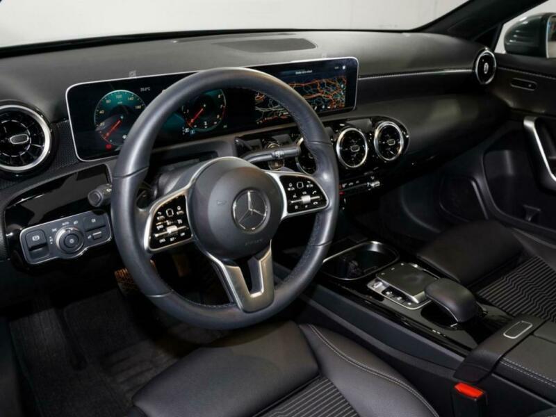 Mercedes Classe A 180 (W177) 180 136CH PROGRESSIVE LINE 7G-DCT Gris occasion à Villenave-d'Ornon - photo n°7