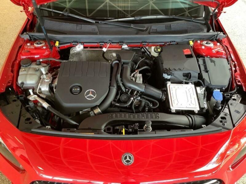 Mercedes Classe A 180 (W177) 180 136CH PROGRESSIVE LINE 7G-DCT Rouge occasion à Villenave-d'Ornon - photo n°7