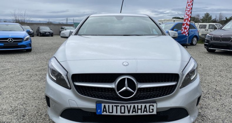 Mercedes Classe A 180 180 Business Executive 1re Main Gris occasion à VALENCE - photo n°2