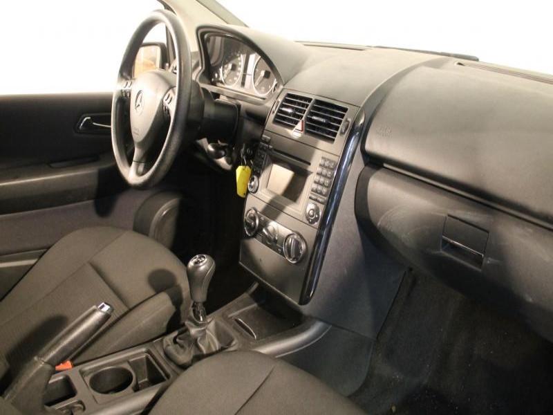 Mercedes Classe A 180 180 CDI CLASSIC 5P Gris occasion à Brest - photo n°5