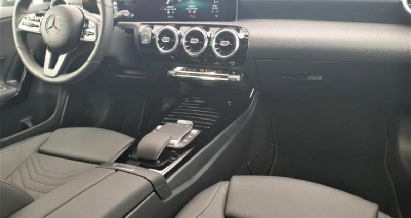Mercedes Classe A 180 180 d 116ch Style Line 7G-DCT Gris occasion à Distre - photo n°4