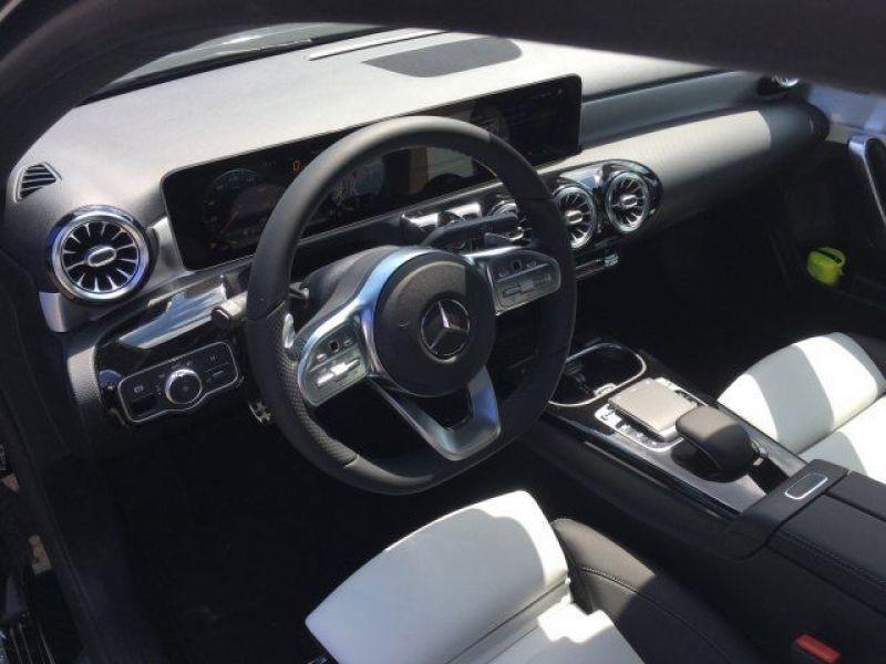 Mercedes Classe A 180 180 D AMG Nouveau Modèle Noir occasion à Beaupuy - photo n°2