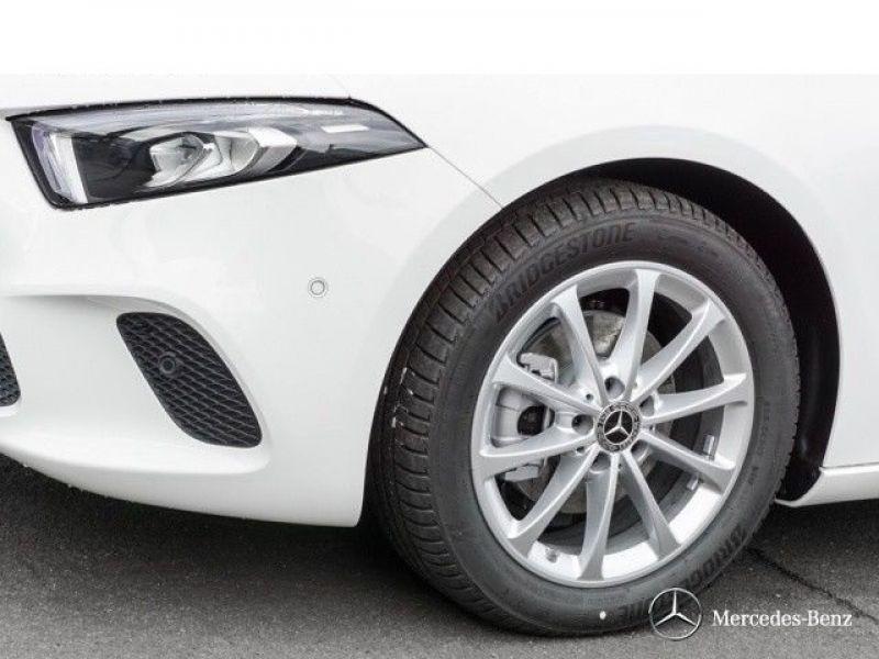 Mercedes Classe A 180 180 D Nouveau Modèle Blanc occasion à Beaupuy - photo n°9