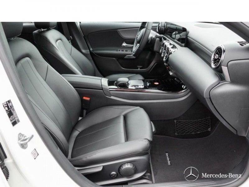 Mercedes Classe A 180 180 D Nouveau Modèle Blanc occasion à Beaupuy - photo n°4