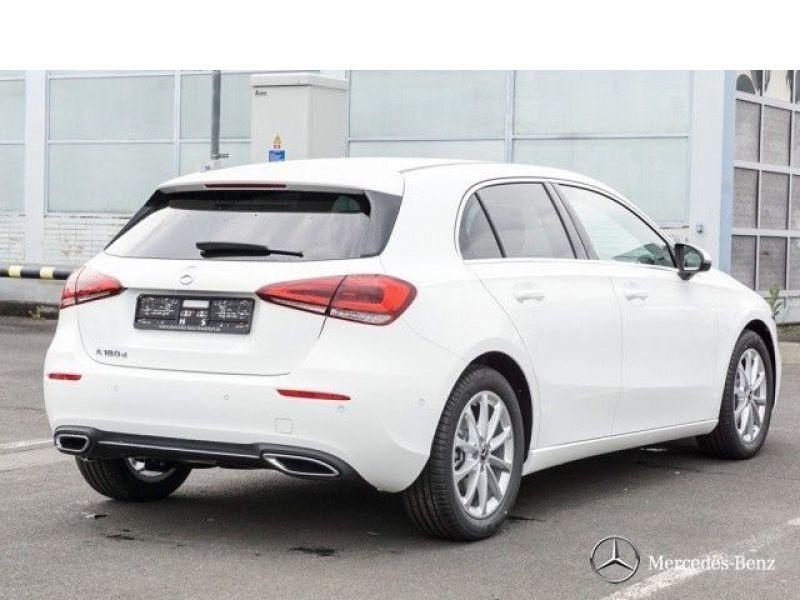 Mercedes Classe A 180 180 D Nouveau Modèle Blanc occasion à Beaupuy - photo n°3