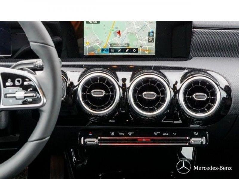 Mercedes Classe A 180 180 D Nouveau Modèle Blanc occasion à Beaupuy - photo n°7