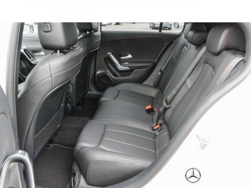 Mercedes Classe A 180 180 D Nouveau Modèle Blanc occasion à Beaupuy - photo n°5