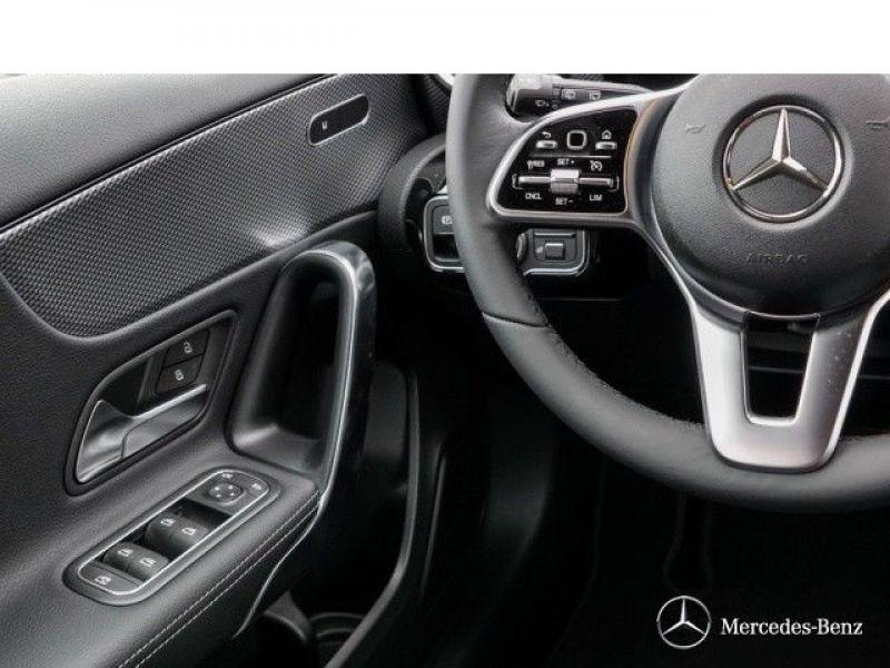 Mercedes Classe A 180 180 D Nouveau Modèle Blanc occasion à Beaupuy - photo n°6