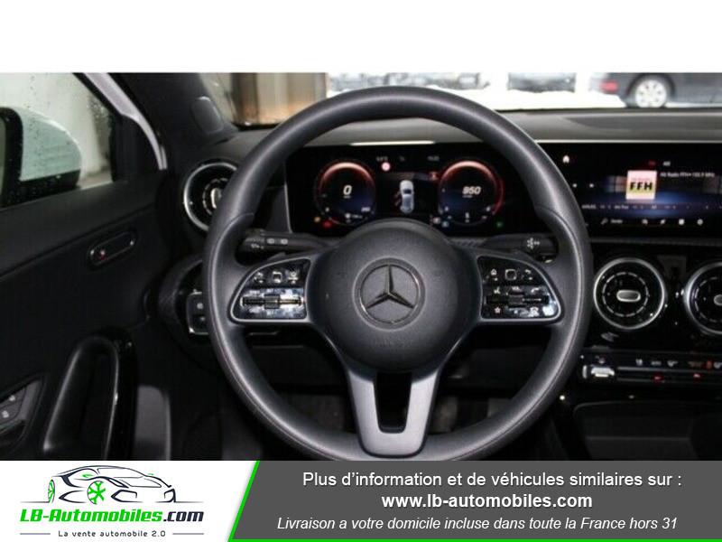 Mercedes Classe A 180 180d Blanc occasion à Beaupuy - photo n°2